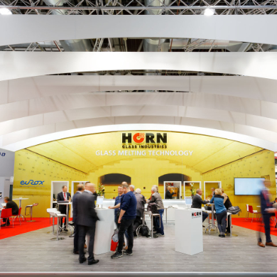 HORN– Horn glass industries invites you to a talk in a dynamic shell!